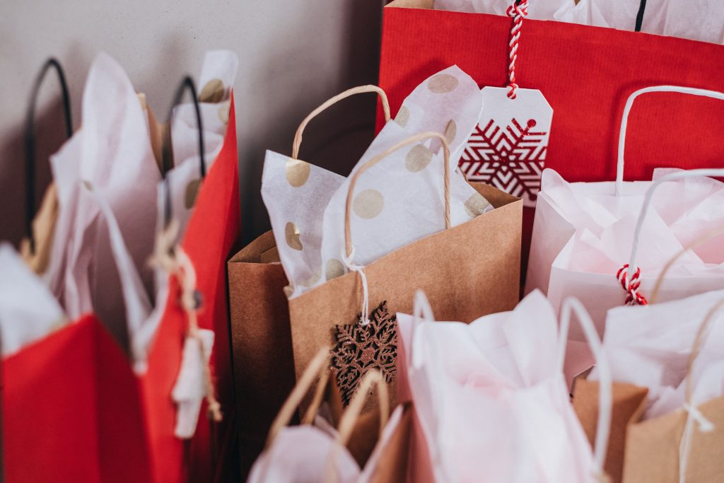 Avoiding impulse-shopping during the holiday season