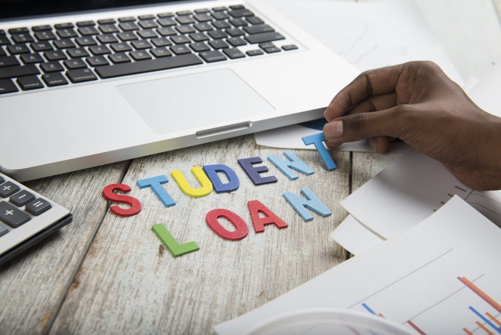 How To Find The Best Federal Student Loans